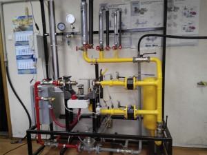 Стенд для настройки давления газа в регуляторе компании УКР-СНАБ
